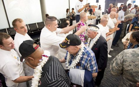 Pearl Harbor Survivors Gather for 75th Anniversary Reunion