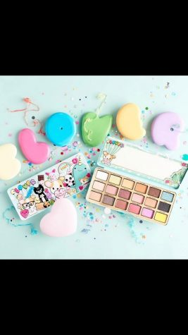 Too Faced is going to release a new pallet?