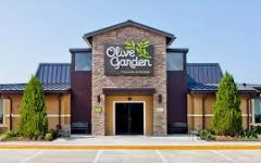 Olive garden is now serving a new dish.