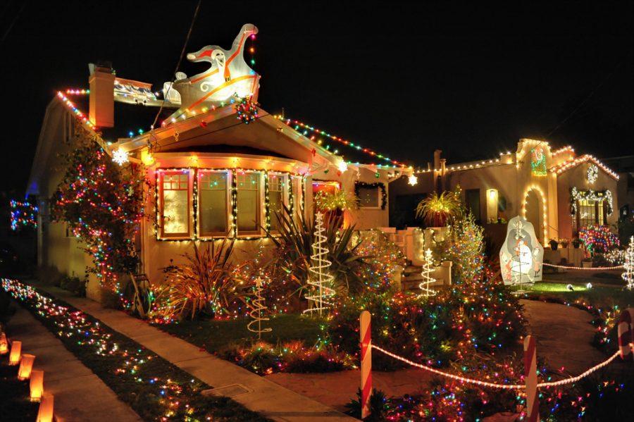 Christmas+Tree+Lane+F+Street+in+Oxnard