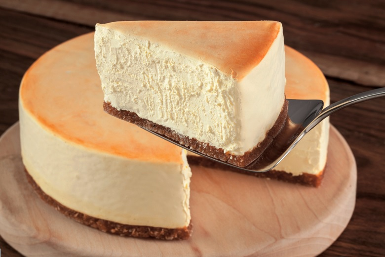 7 Ingredient Vegan Cheesecake