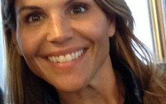Lori Loughlin accused of Fraud!